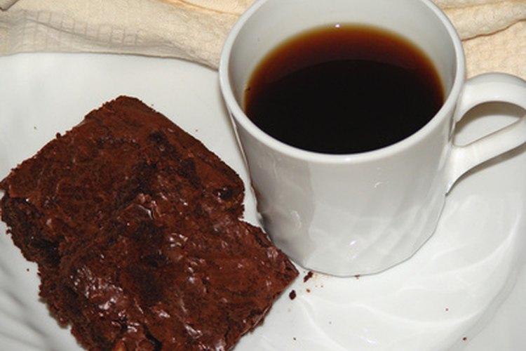 Haz tus brownies Betty Crocker más chiclosos al cambiar algunos ingredientes.