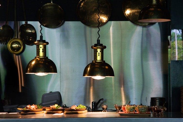 Las cocinas de restaurantes pueden presentar muchos peligros