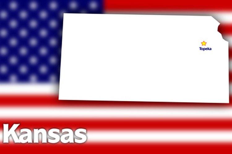 Los conductores de Kansas deben cumplir con los requisitos y restricciones correspondientes para obtener una licencia.
