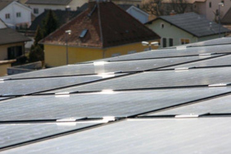 Los paneles solares consumen espacio.