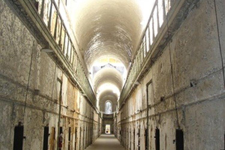 """El """"Terror detrás de las paredes"""" de la penitenciaría de Eastern State es una de las muchas casas embrujadas aterradoras."""