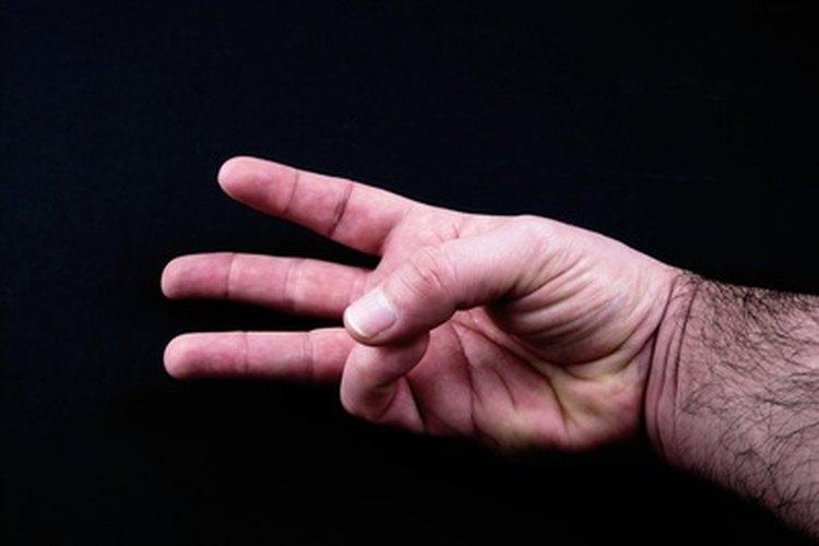 Los gestos de manos astutos son de gran ayuda cuando juegas a juegos de comunicación no verbal.