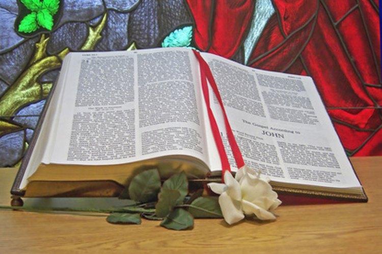 Una sola rosa es llamada la rosa de la confesión.