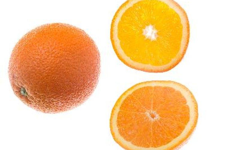 Las naranjas, pero no el jugo de naranja, son permitidas en una dieta baja en fructosa.