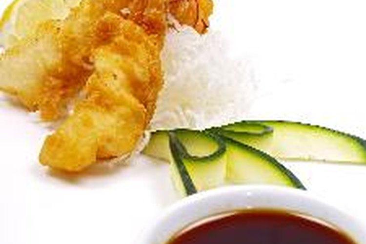Tú también puedes preparar la salsa teriyaky.