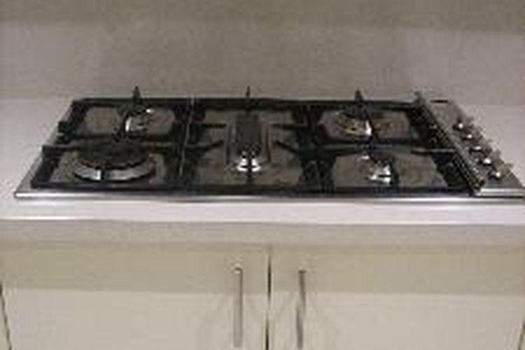 Aprende a ajustar las flamas en los quemadores de tu estufa.