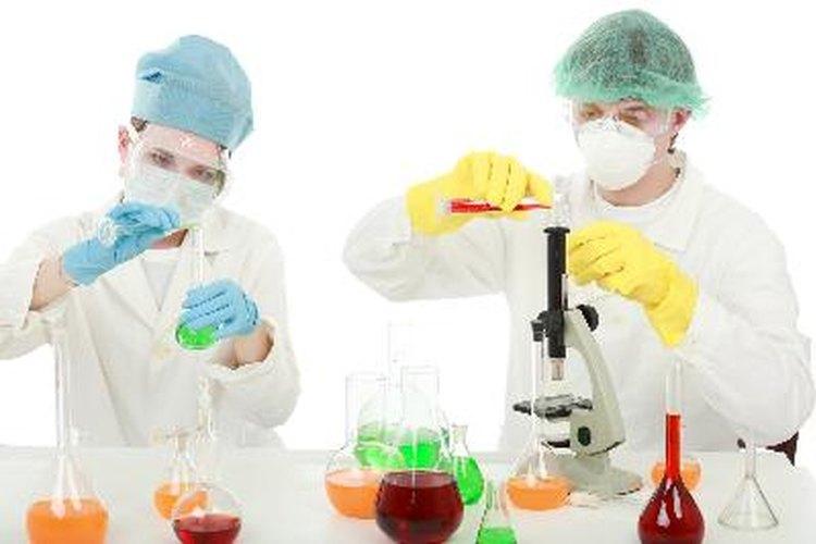 Algunos ingenieros nucleares trabajan en medicina nuclear.