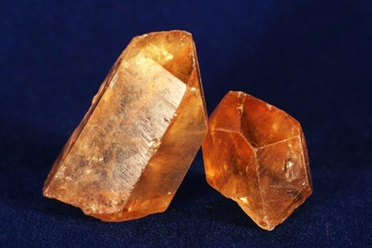 Los cristales pueden recibir y enviar energía o transmitir las ondas y vibraciones.