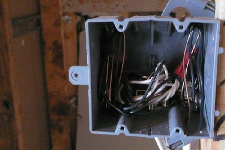 Los sensores de luz son fáciles de instalar.