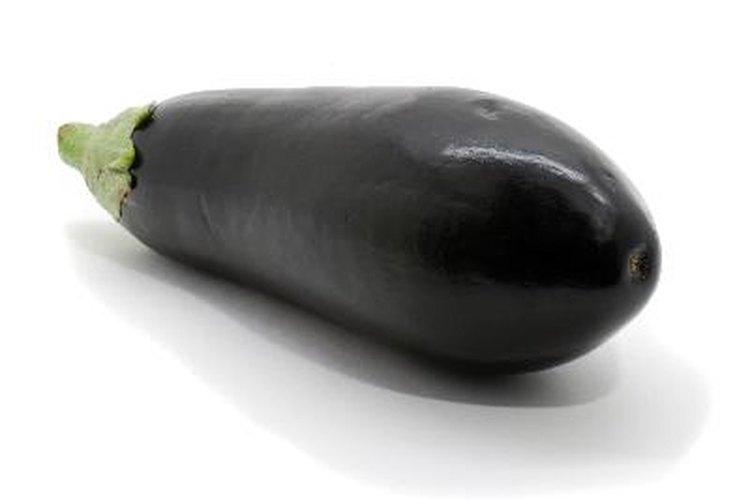 La berenjena no es un vegetal. Es de hecho un fruto.