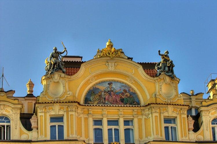 La arquitectura Reina Ana es conocida por sus fachadas ornamentales.