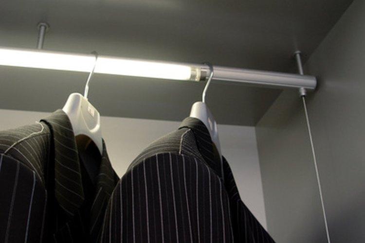 Puedes crear armarios para ropa en prácticamente cualquier espacio.