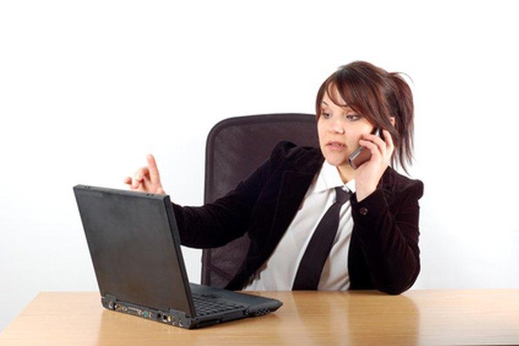 Los auditores nocturnos realizan la contabilidad necesaria en moteles, hoteles y centros turísticos.