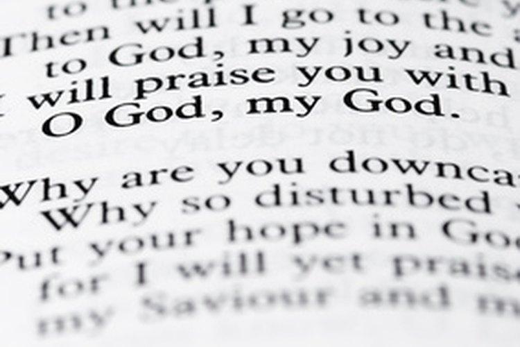 El libro de Job contiene mensajes espirituales profundos.