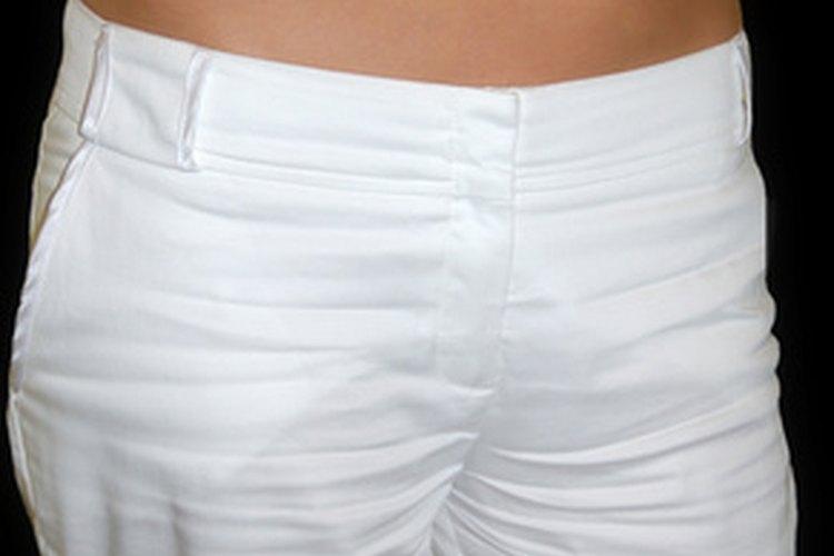 Cómo estirar la cintura de tus pantalones.