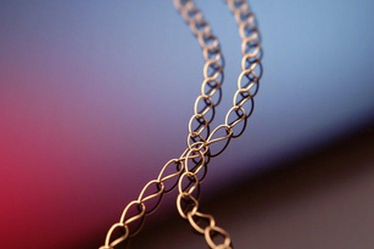 Las cadenas de oro son una forma popular de joyería.
