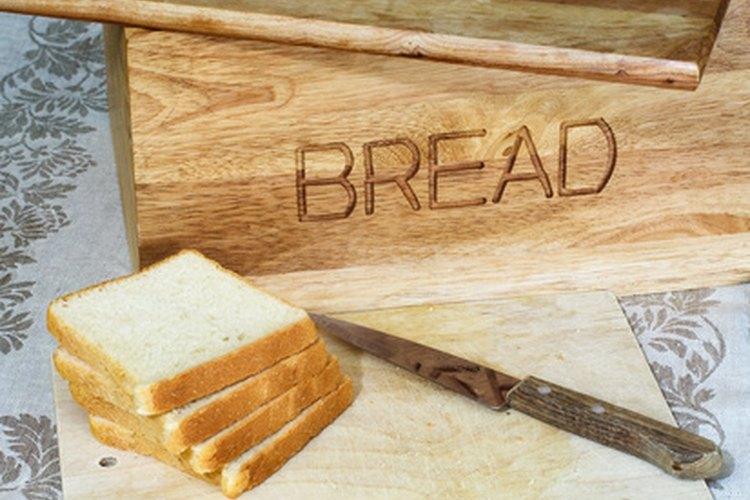 La levadura es la responsable de que el pan se levante.