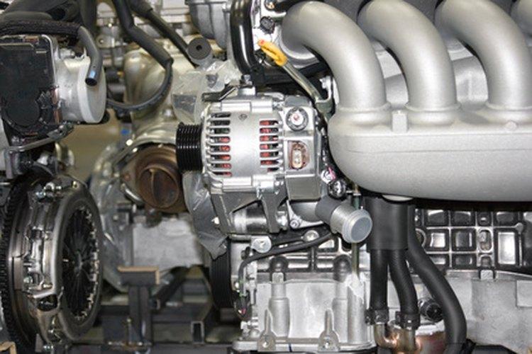 Los mecánicos de automóviles pueden ser generales o especializarse en muchas áreas.