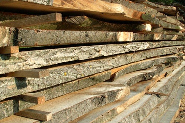 La madera seca más rápido y de manera más uniforme con las cuñas.