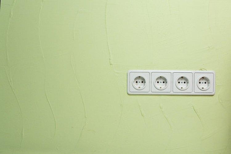 Asegúrate de que las tomas de energía eléctrica y los requisitos de la secadora sean los mismos.