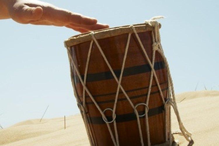 La tambora brinda ritmos del Caribe y de América Latina.