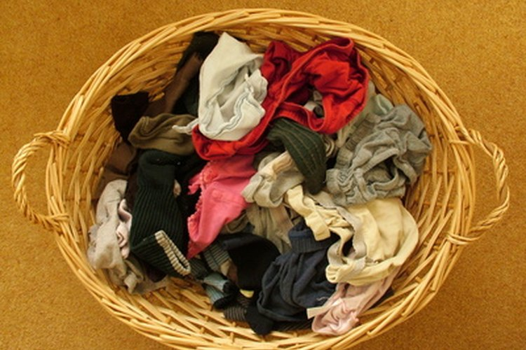 Algunos tipos de tejido de viscosa son lavables a máquina, pero otros tipos deben limpiarse en seco.