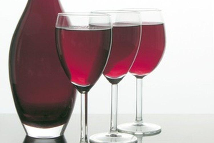 Los vinos tintos de mesa son una buena opción para los novatos.