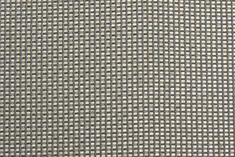 El tejido fino en los protectores solares permite la circulación de aire mientras provee sombra.