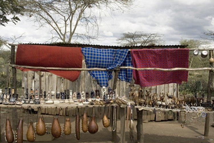 La venta de artículos culturales beneficia a las comunidades.
