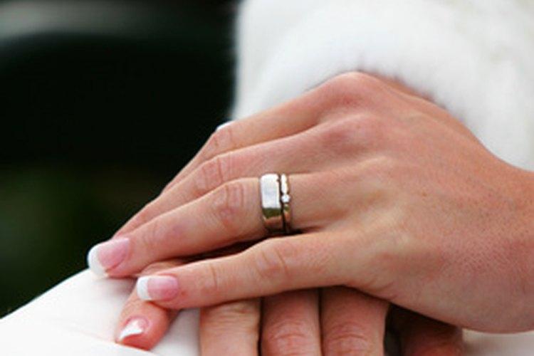 Los anillos de matrimonio de oro no siempre fueron comunes.