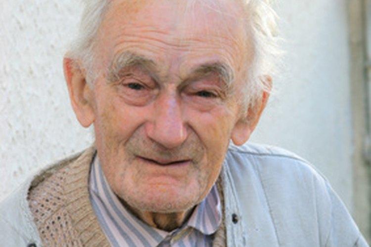 Los adultos mayores pueden optar por vivir en diferentes tipos de hogares de ancianos.