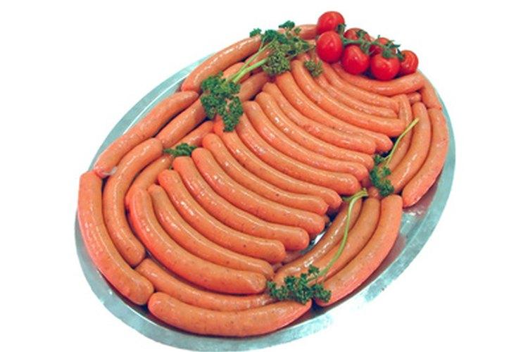La carne cruda y la comida chatarra pueden causar enfermedades e incluso matar a un loro.