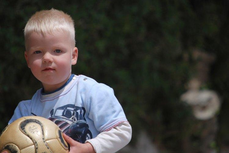 El fútbol en Alemania es fundamental, juega a este pilar cultural alemán con tus hijos.