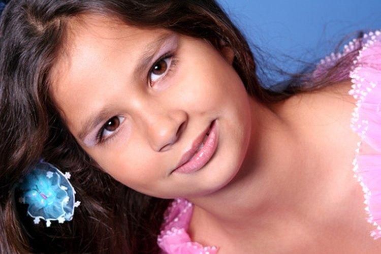 La imagen de Barbie genera mensajes negativos en las niñas.