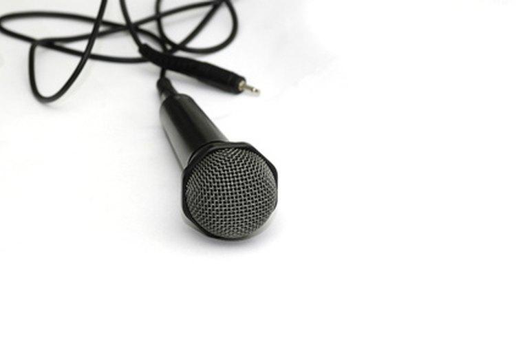 Los cables de 1/8 de pulgada son usados comúnmente en conversaciones de voz en línea.