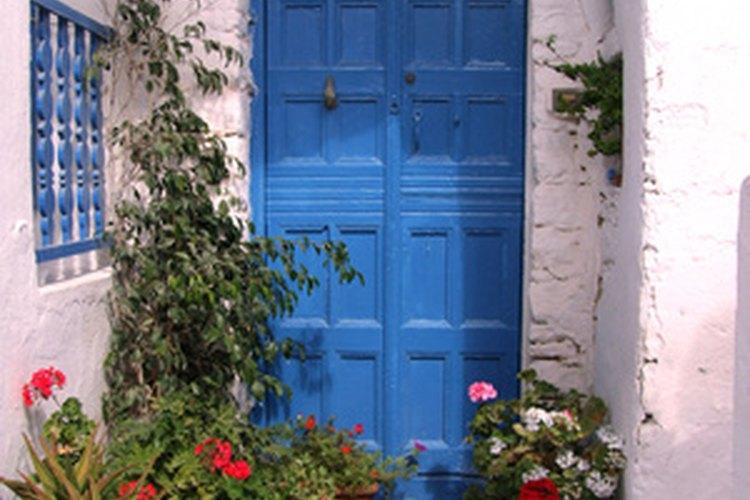 Determina una apertura de puerta derecha de una izquierda.