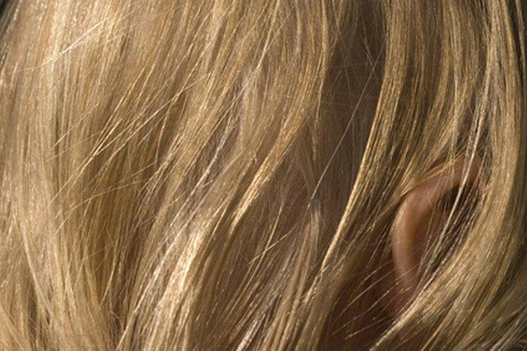 Encuentra el estilo perfecto para enmarcar tu cara y tu cuello corto.