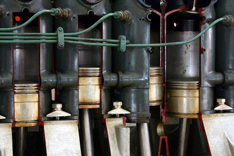 Las barras de conexión conectan los pistones al cigüeñal.