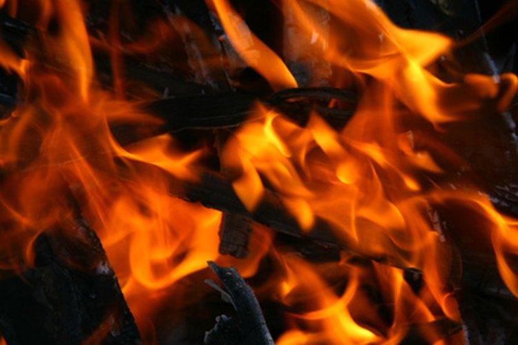 El aislamiento con lana de roca puede proporcionar una barrera contra el fuego, ya que las fibras no son inflamables.