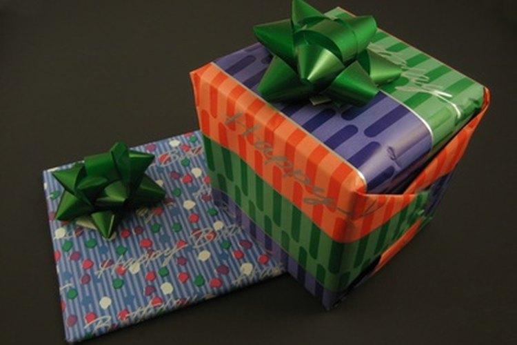 Elige un regalo original para un cumpleaños número 18.