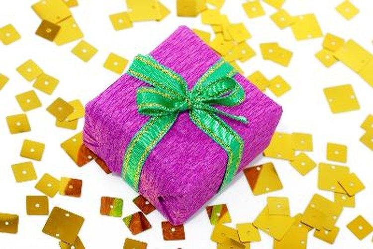 Los regalos deben ser personalizados y algo que ambos puedan usar.