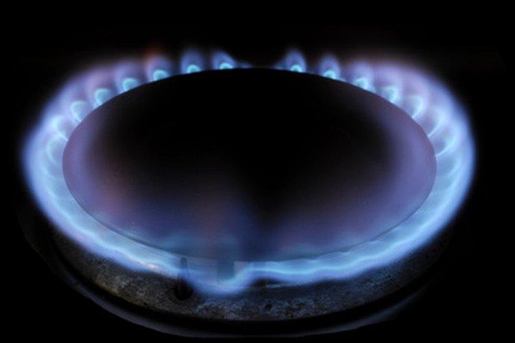 Las flamas de gas natural son limpias y eficientes.