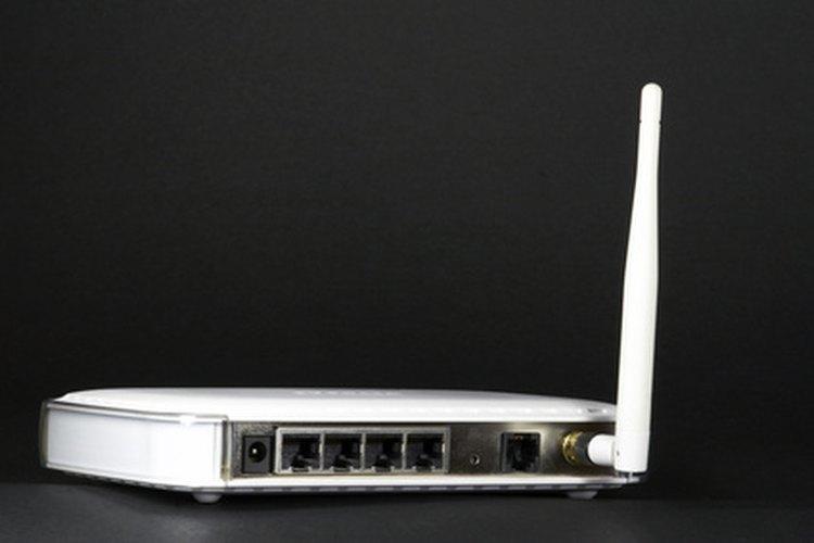 Un router inalámbrico con el modo de puente es un ejemplo de un transceptor.