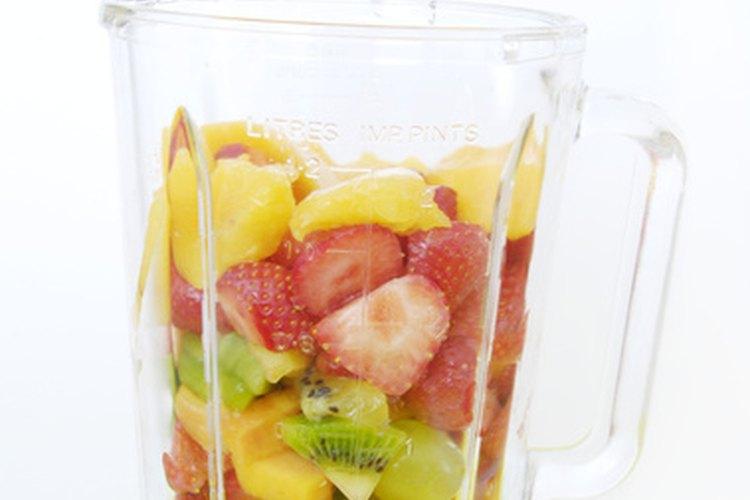 Una dieta a base de puré es una forma de alimentarse que incluye comidas comunes pero que son procesadas para que puedan tragarse más fácilmente.
