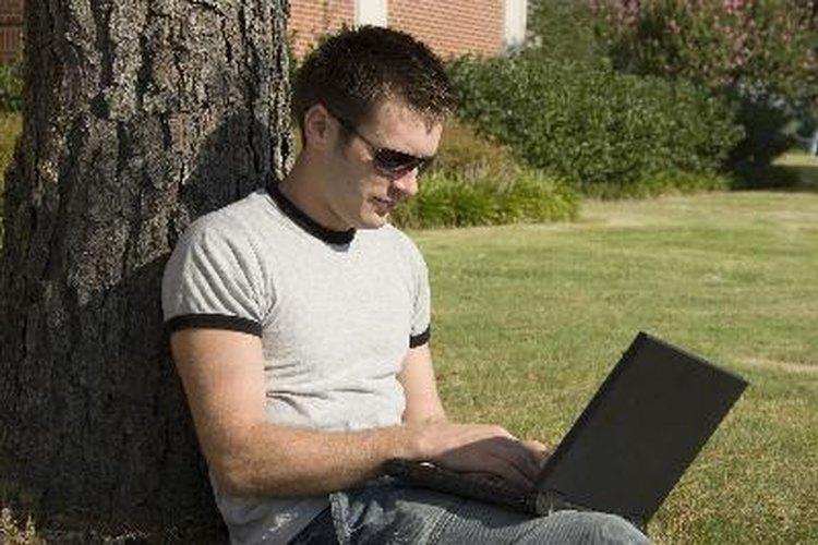 Los estudiantes universitarios con ADHD se benefician de libros organizadores electrónicos y en papel.