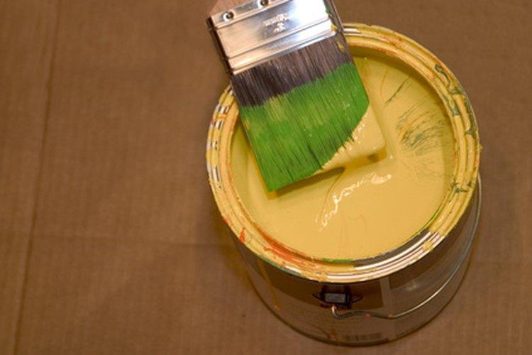 La pintura al látex es fácil de limpiar.