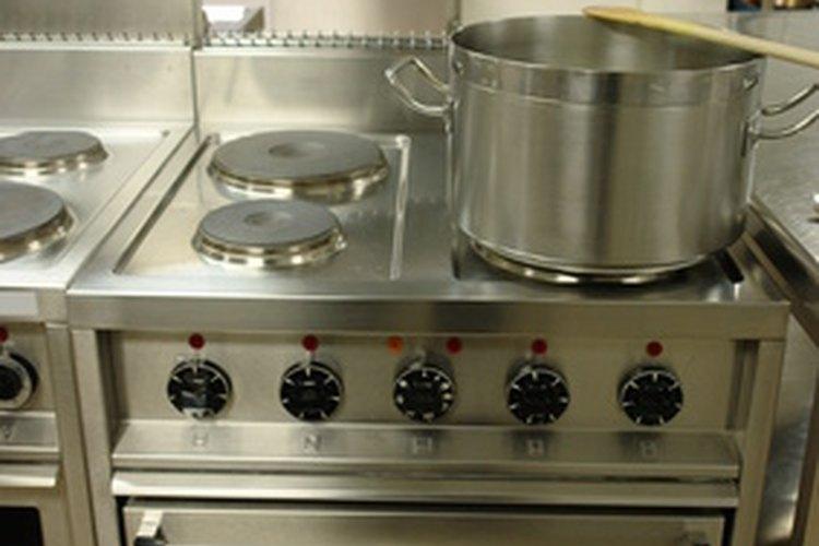 Reduce el agua a fuego lento.