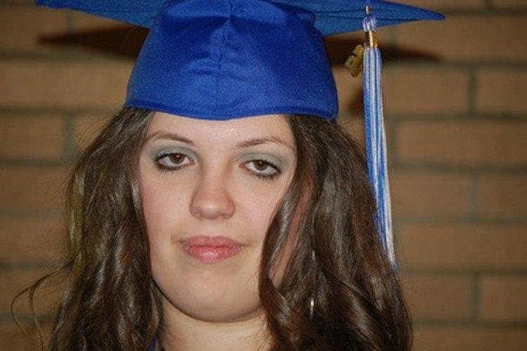 Aproximadamente el 5% de los estudiantes de preparatoria abandona sus estudios cada año.