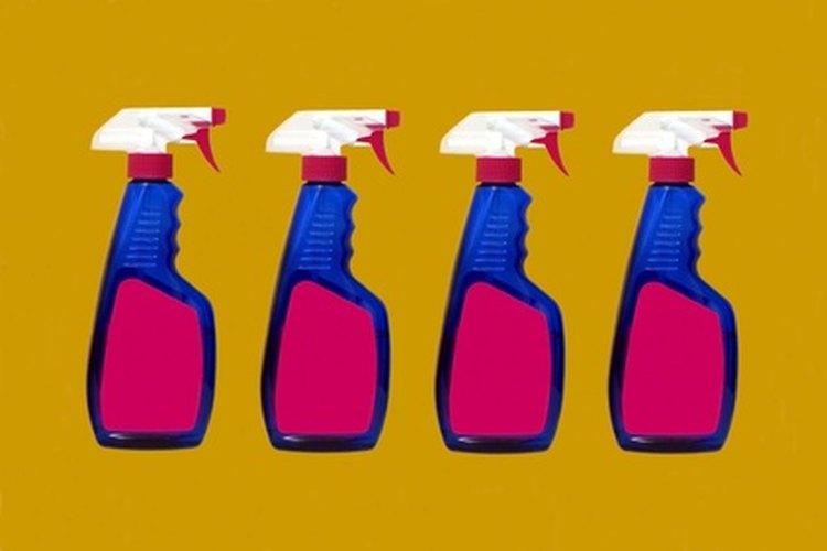 El cloro crea una solución desinfectante económica.