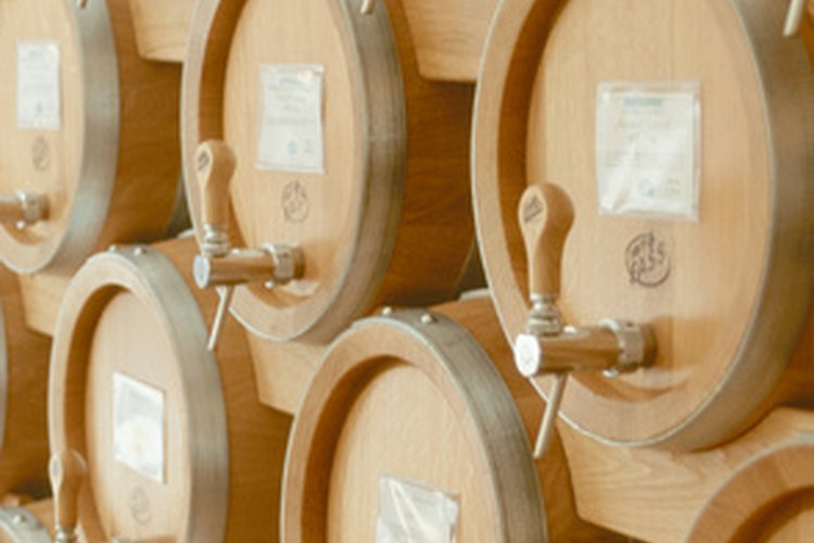 Barriles de madera de mora.